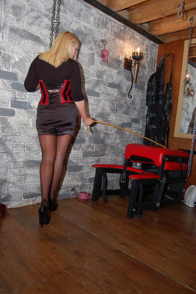 london-mistress-0215.jpg