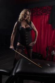 huddersfield-mistress_0123