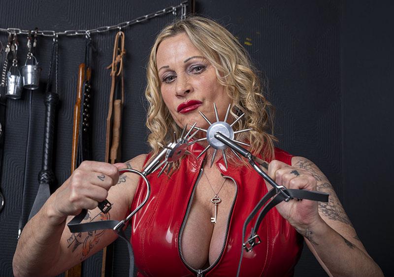 Huddersfield Mistress V
